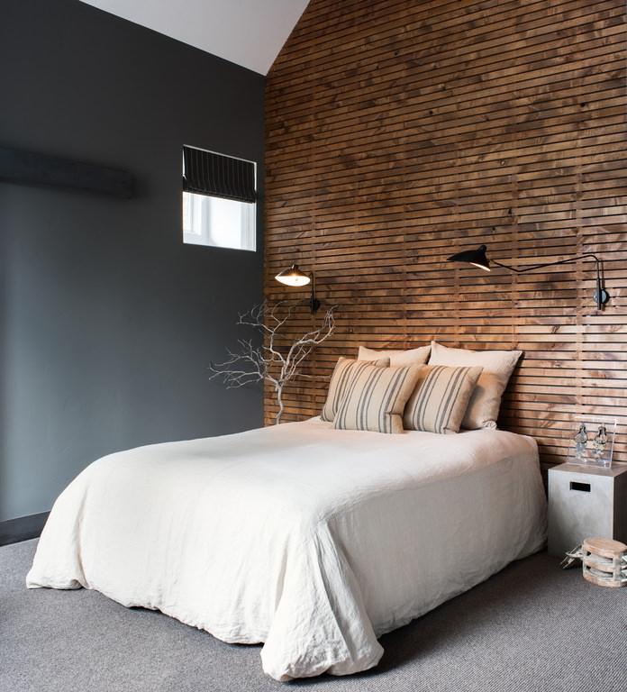 sassy rustic bedroom interior design