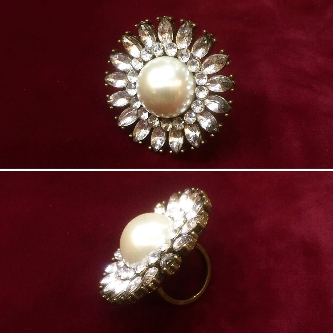 retro style ring1