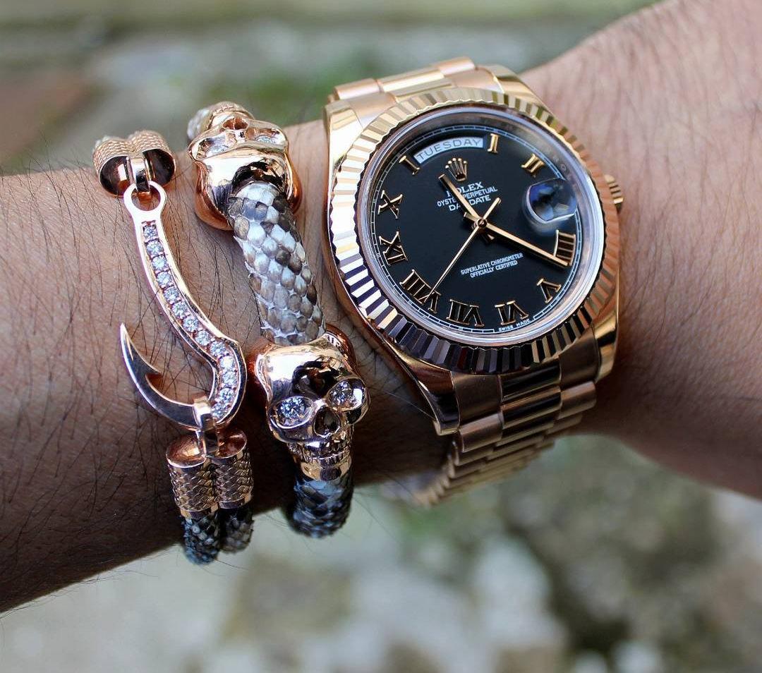 Stunning Gold Bracelet