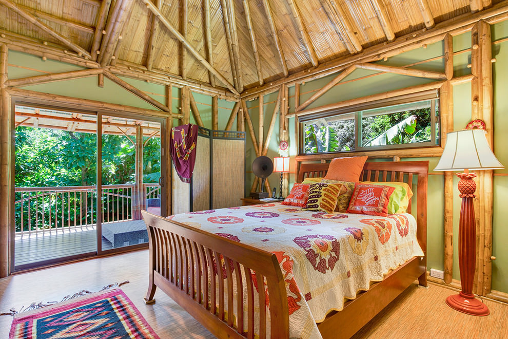 Wood Tropical bedroom Design