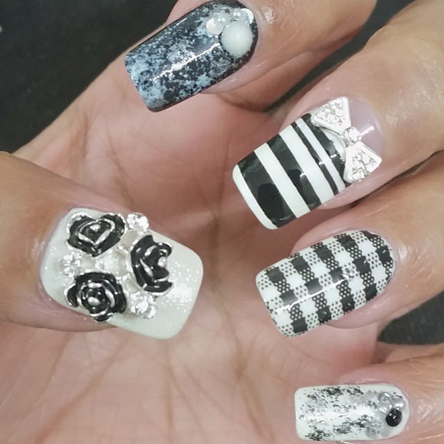 Black & White 3D Nail Art Design