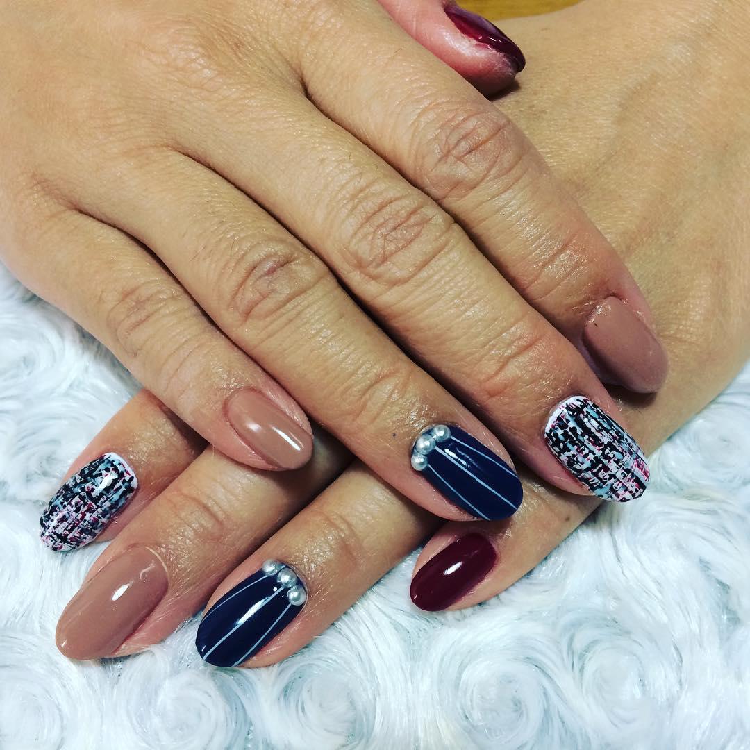 Trendy-Dark Blue Nail Design