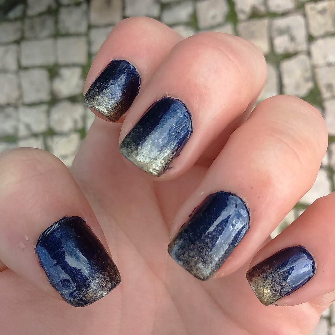 White & Dark Blue Nail Design