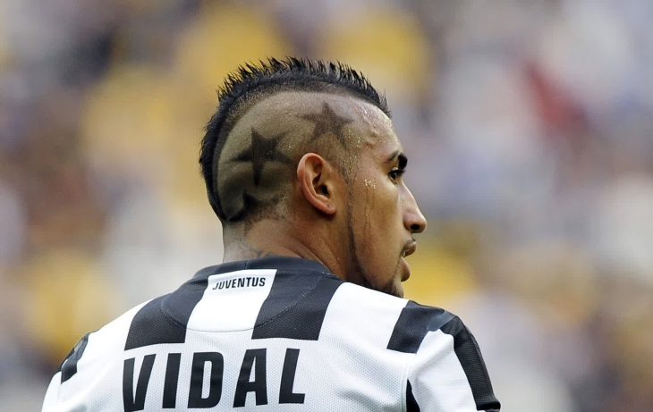 Arturo Vidal Mohawk Haircut With Stars