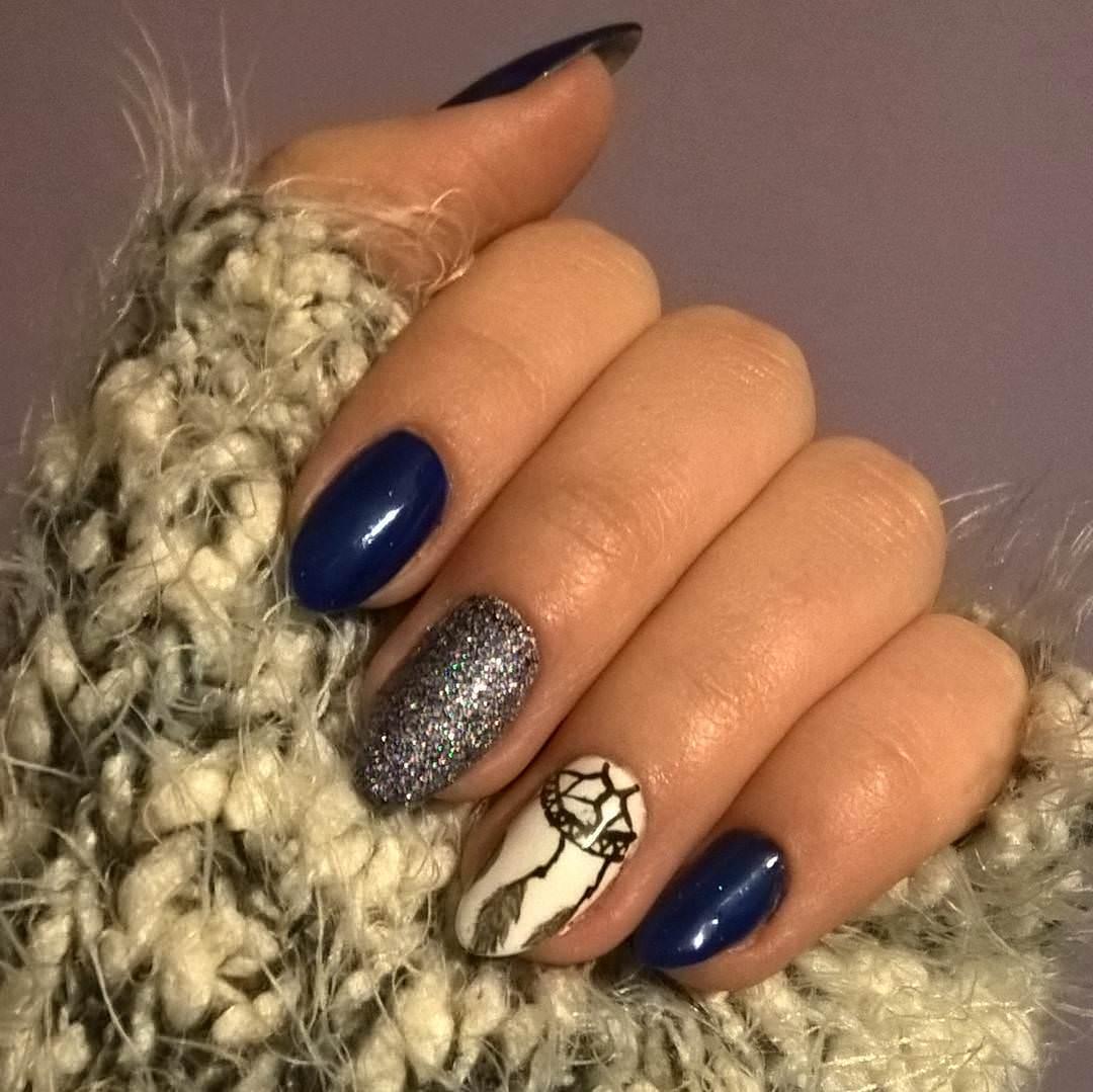 Thread Dark Blue Nail Design