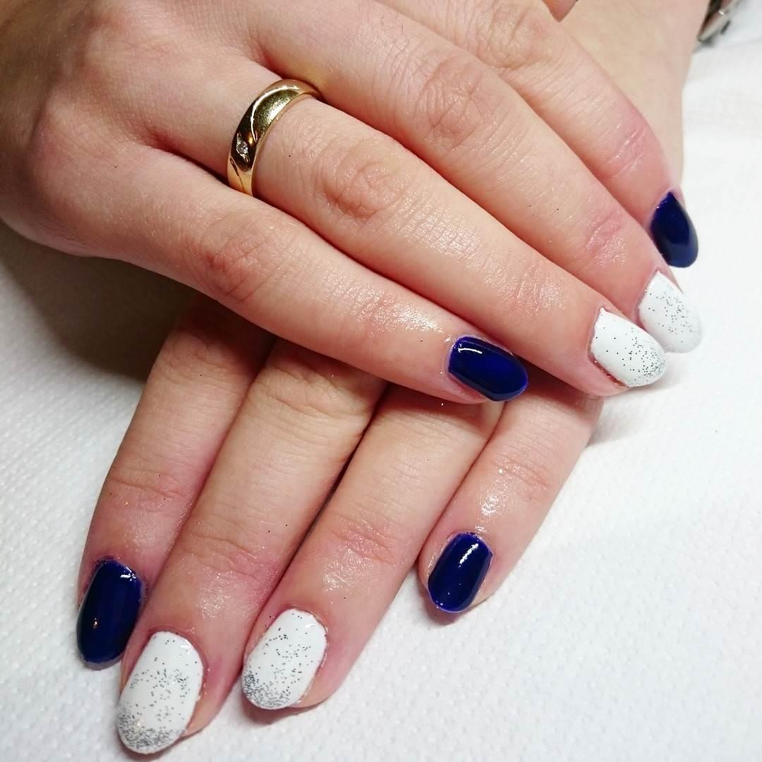 White - Dark Blue Nail Design