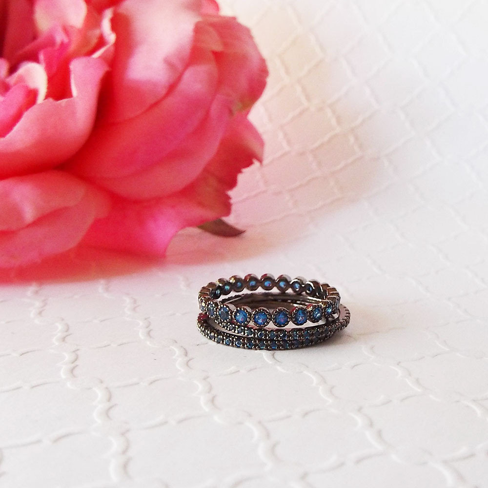 Blue Sapphire Black Gold Band