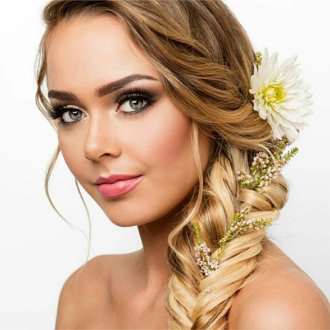 Long Bridal Hairstyle.
