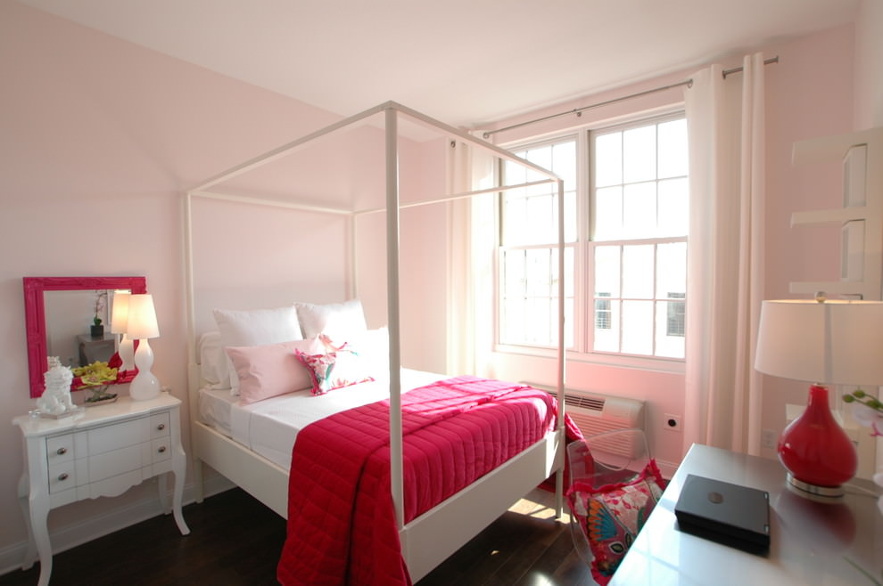 Eclectic Pink and White Wall Design