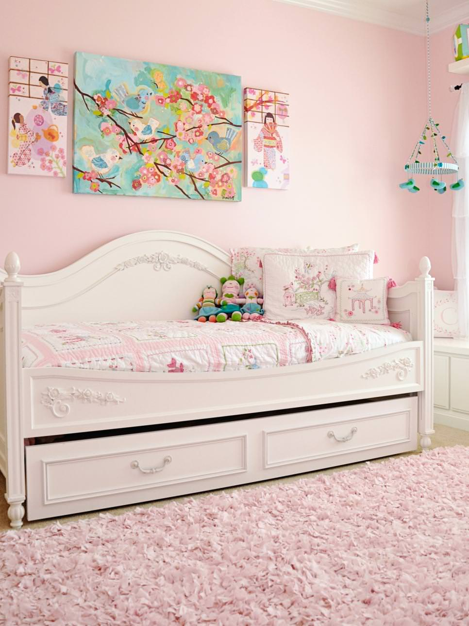 Joyful Pink and White Wall Paper