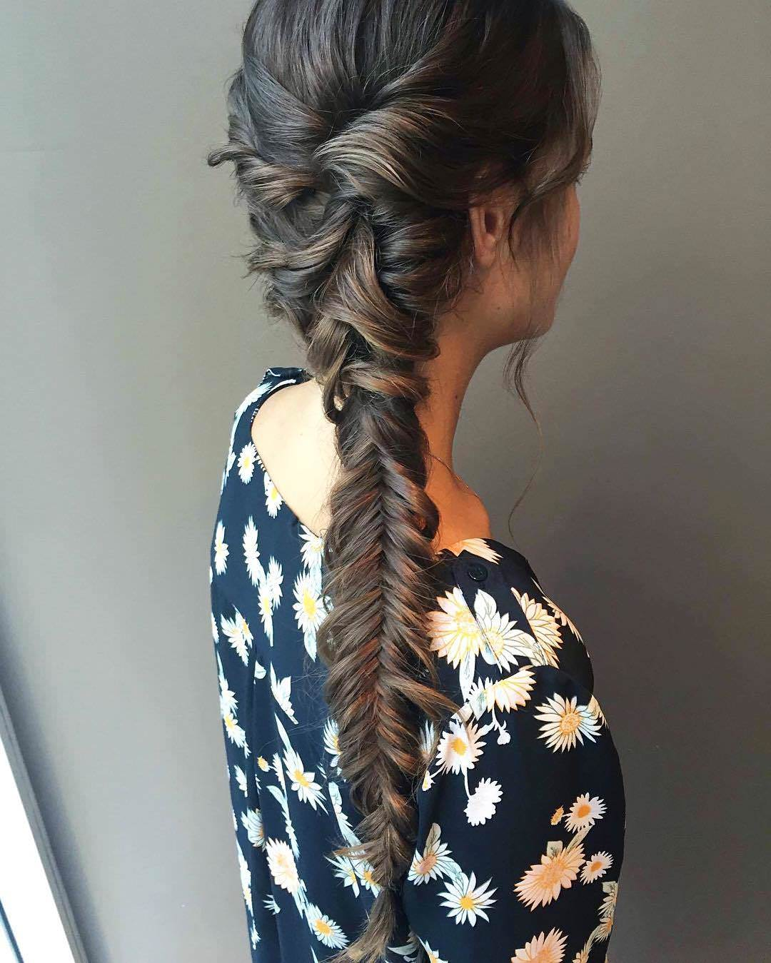 black nice fishtail braid