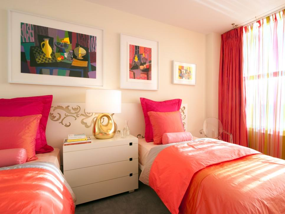 Color Splash Shared Bedroom Ideas