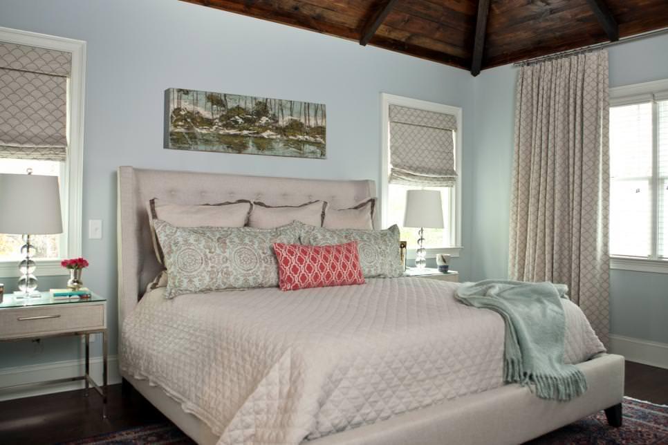 wooden ceiling bedroom design