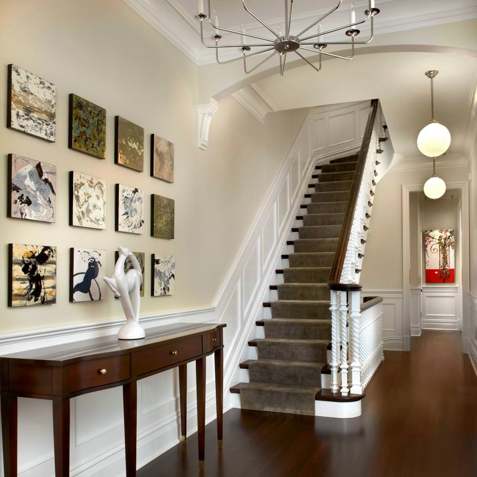 Stylish Foyer With Square Wall Art
