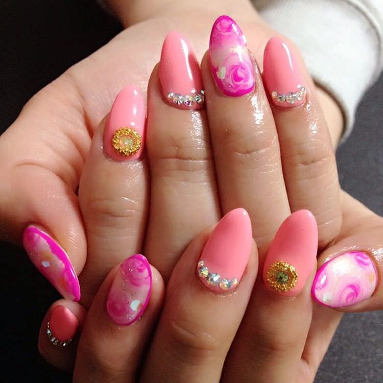 beautiful roase nail desigs