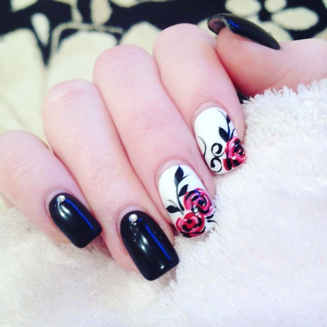 Awesome Rose Nail Designs
