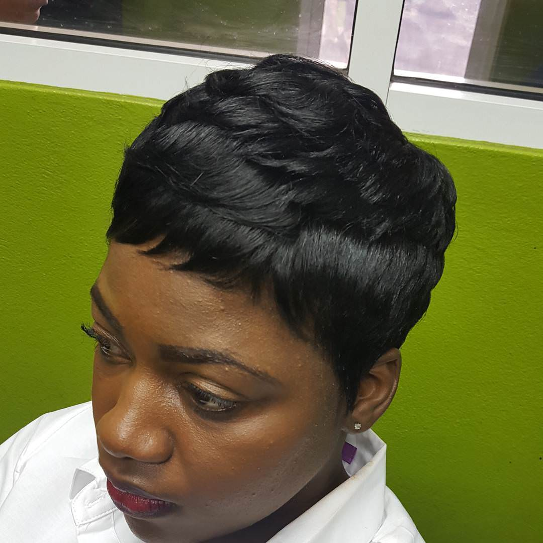 trendy black short hairstyle for women