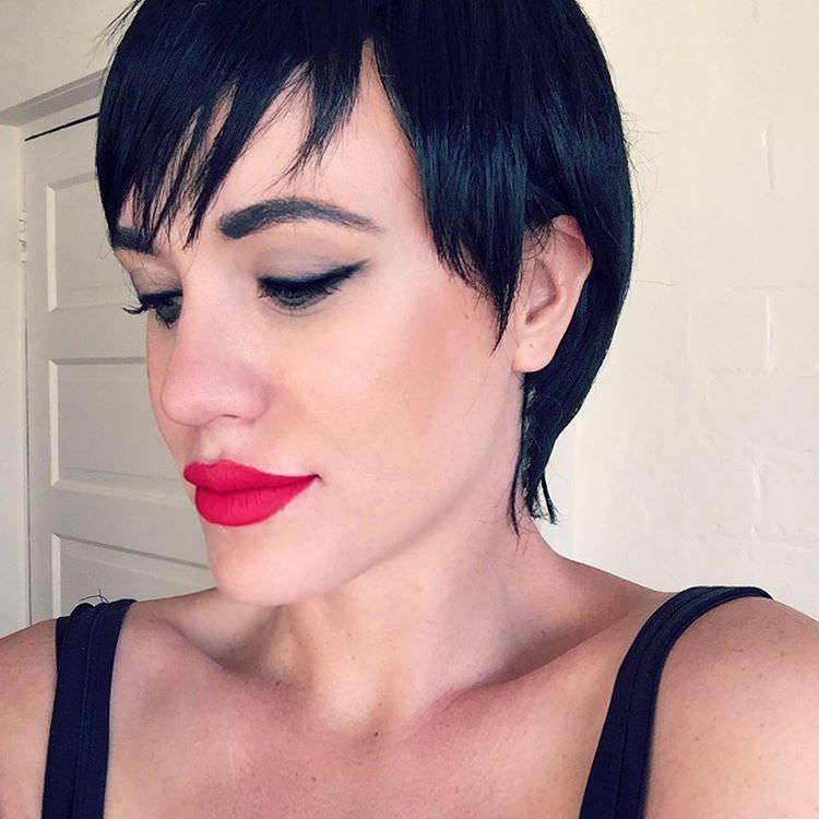 dark black short hairstyle