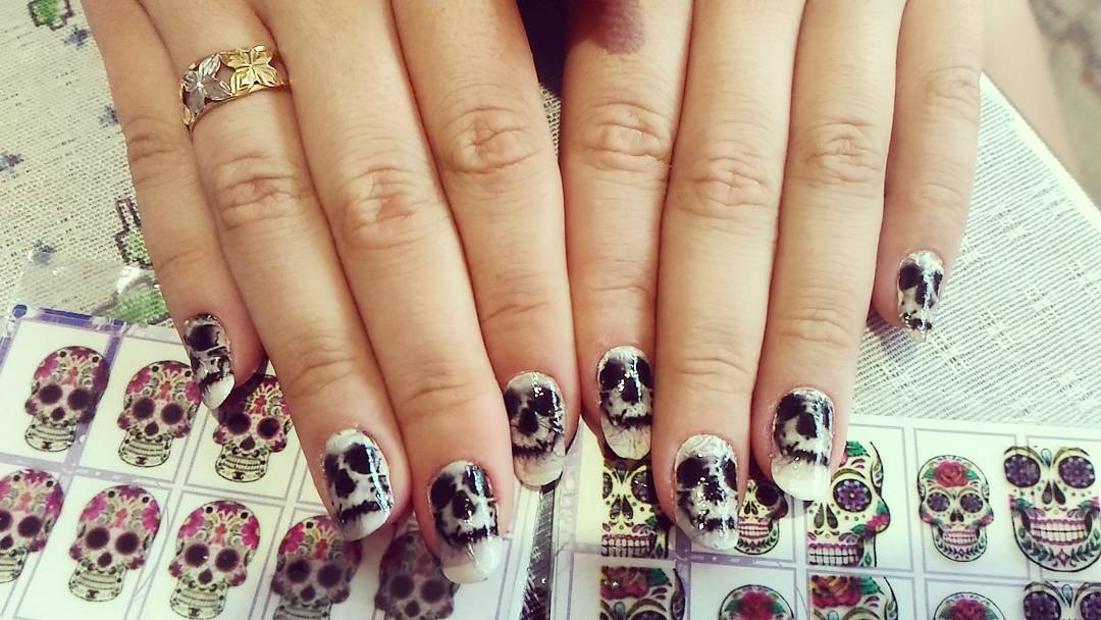 Skull - Trendy Nail Design