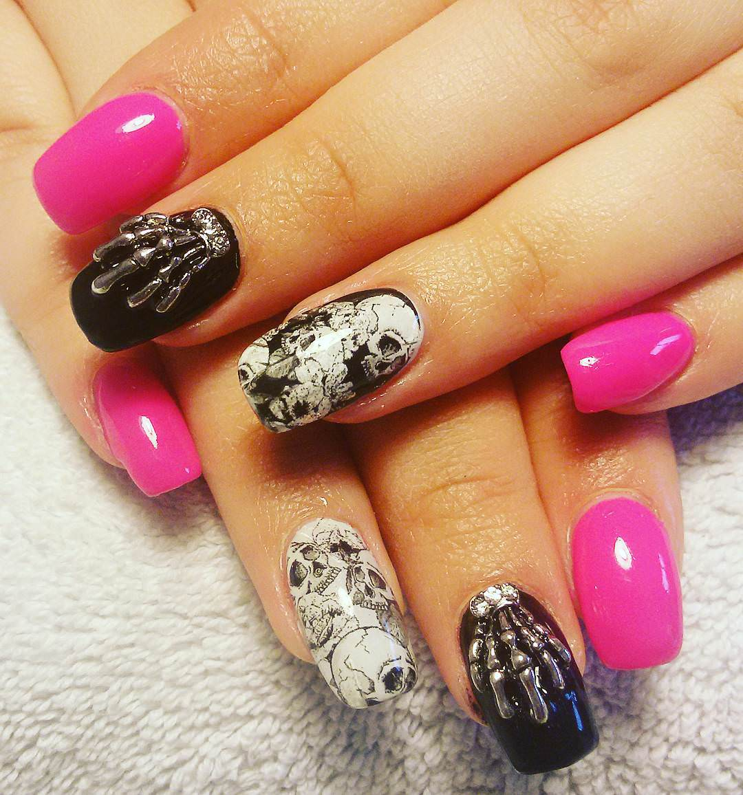 25 skull nail art designs ideas design trends premium psd skull modern nail design prinsesfo Choice Image
