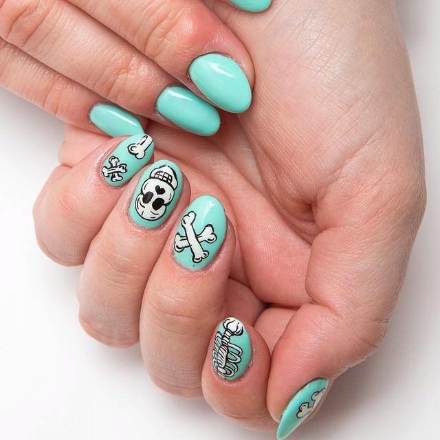 skull teal nail designs