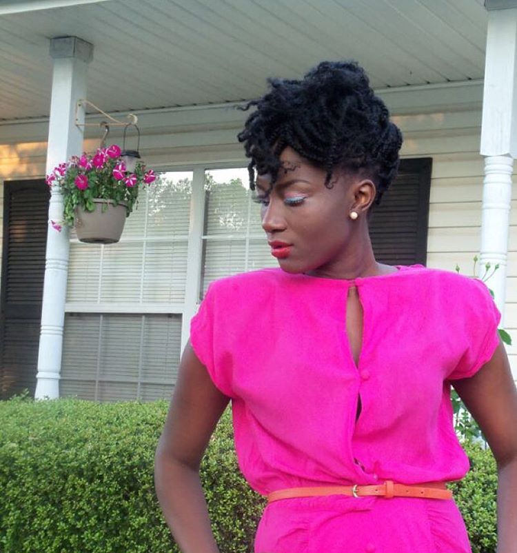 Curly Hair Twist of Black Girl