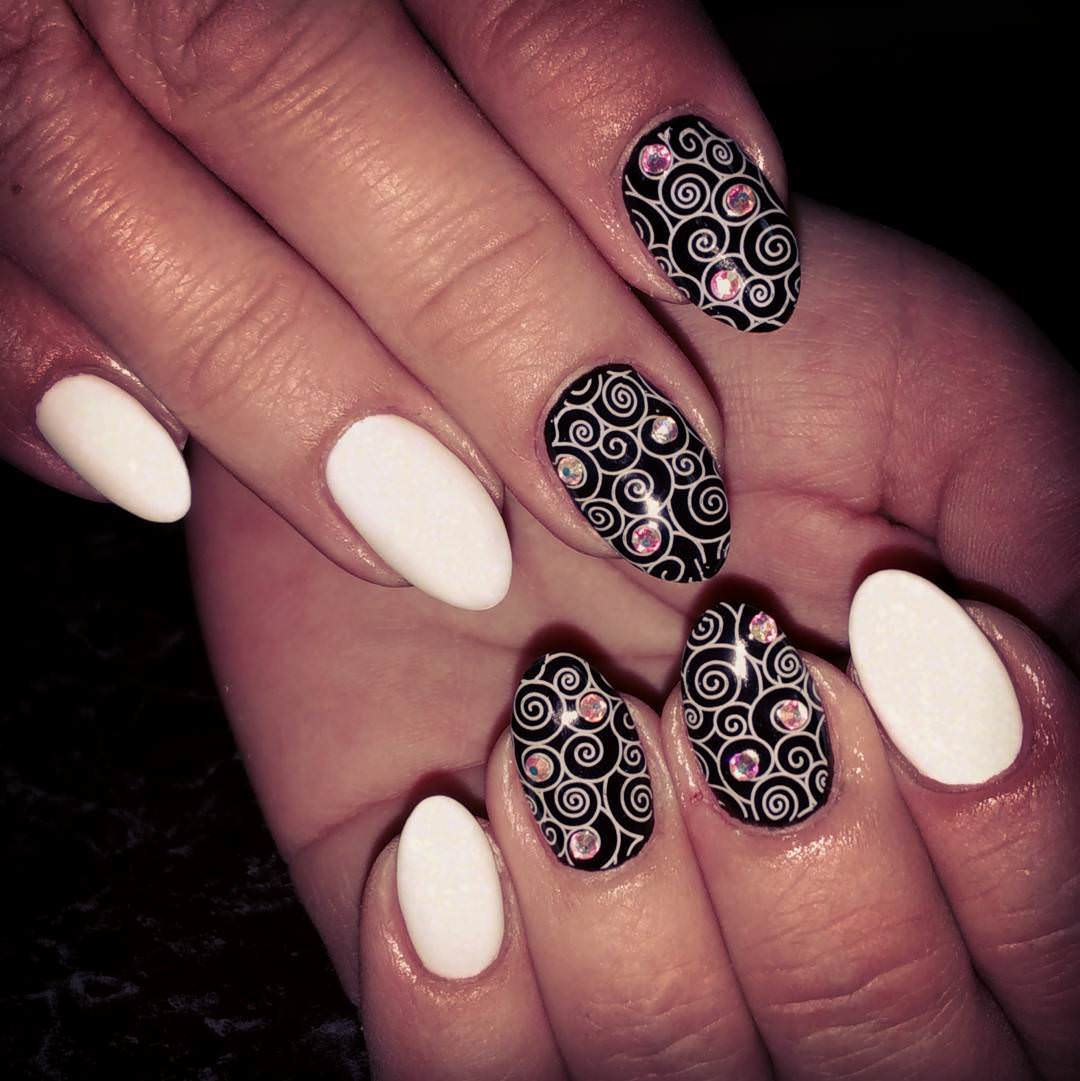Stone Black and White Nail Design