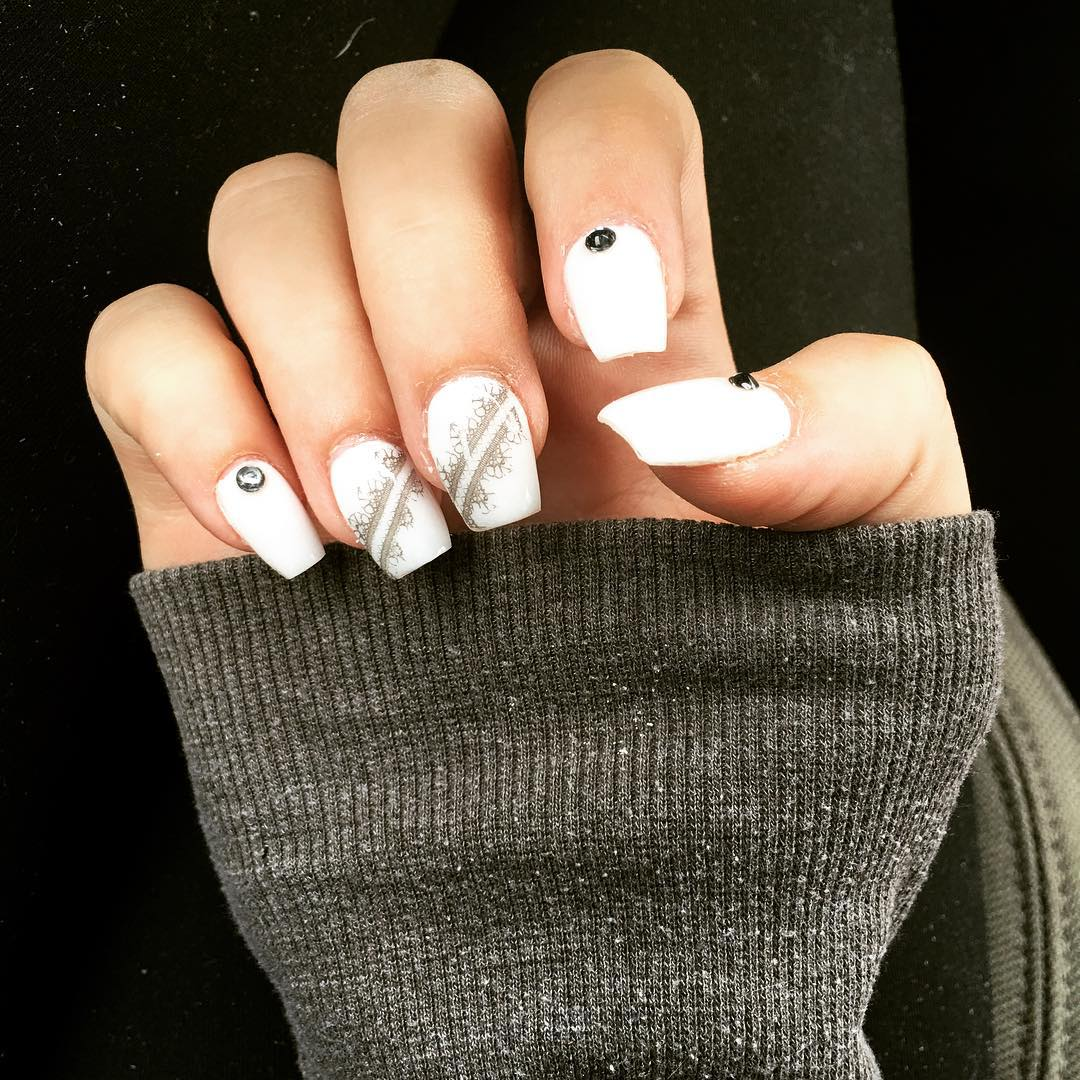 Black and White-Classic Nails