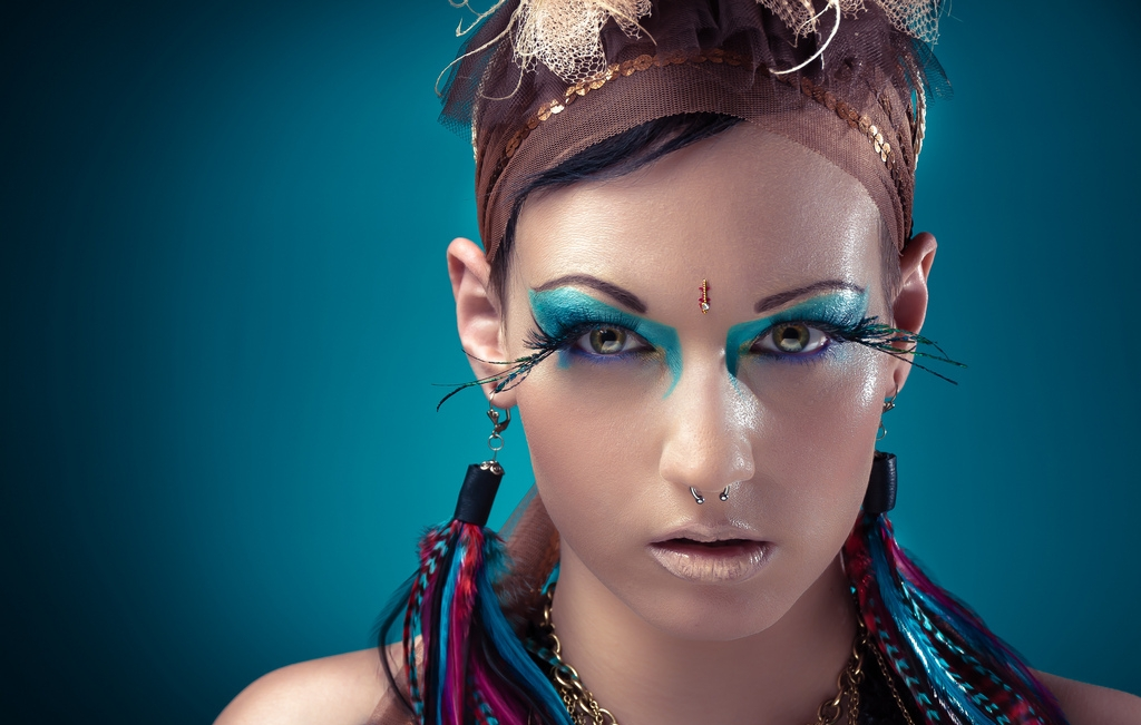 Tribal Makeup With Blue Eye Shadow