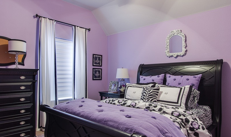 Soft Purple Bedroom Design