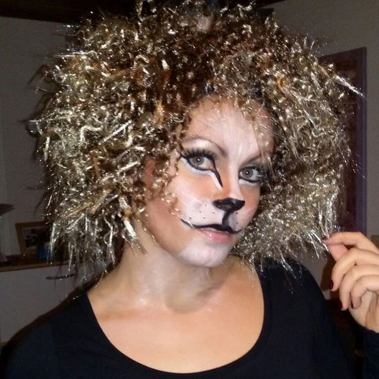 lion hair with makeup