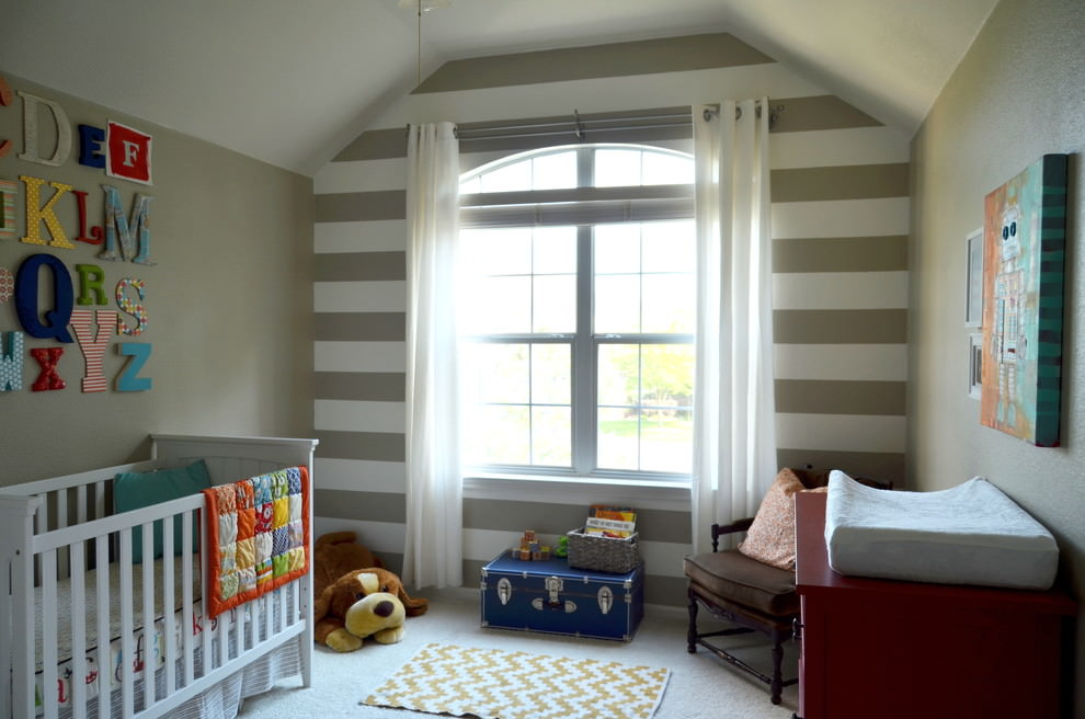 Awesome Striped Kids Room Decor
