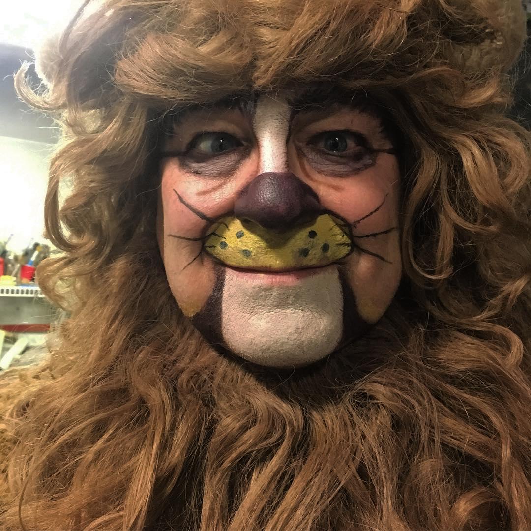 lion makeup for men