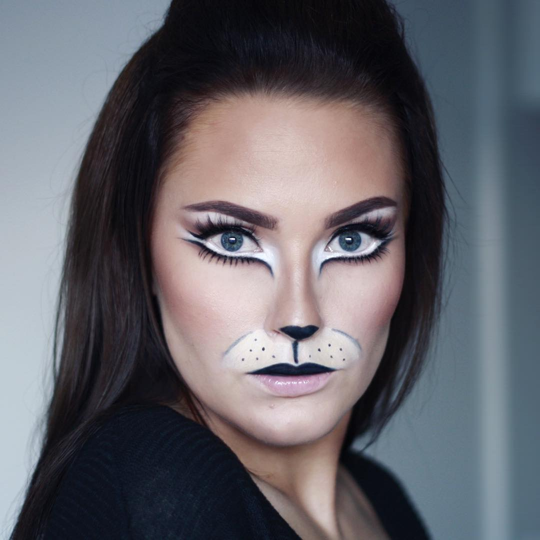 Halloween Look Cat Makeup