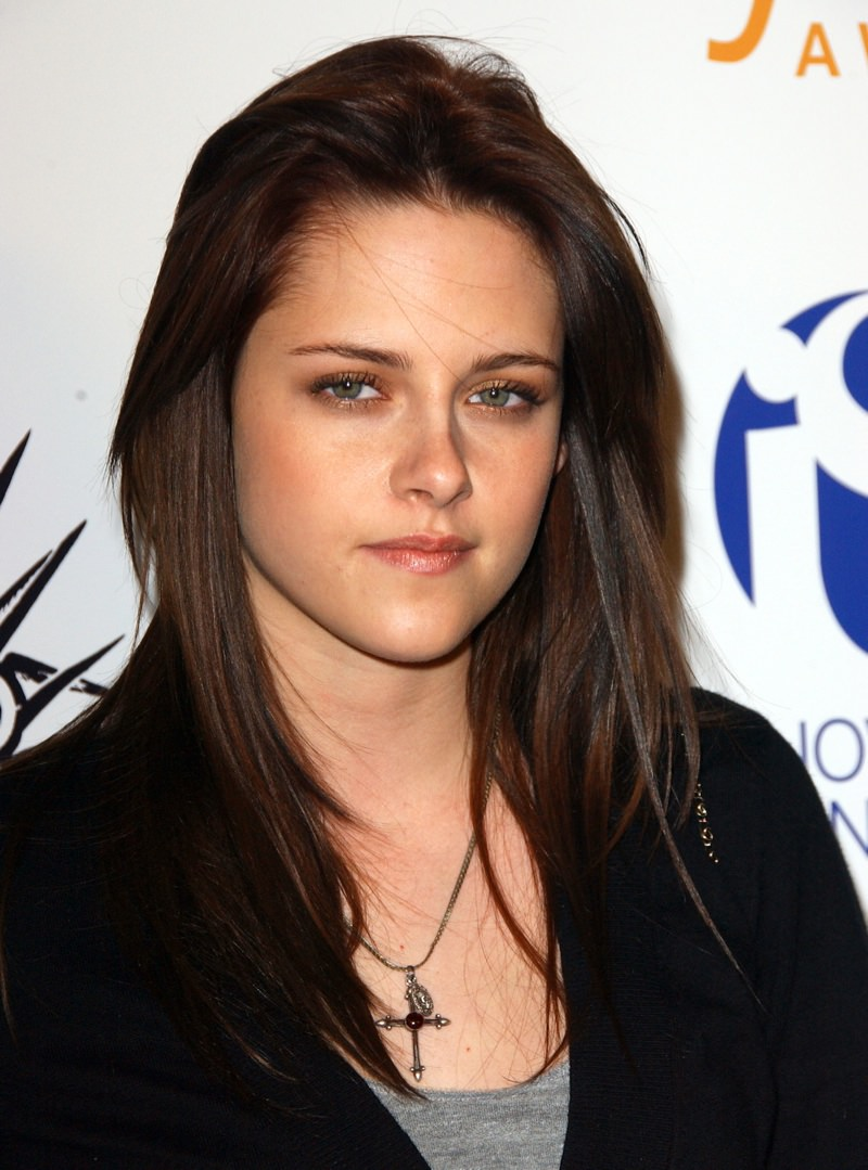 kristen stewart Polished and Sleek hairstyle