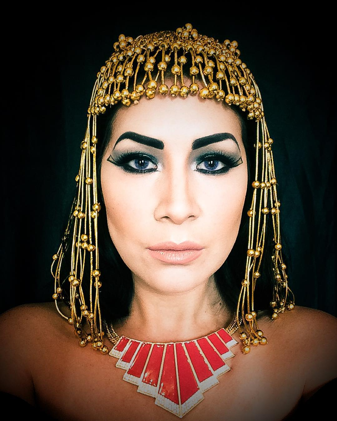 Classic Makeup of Cleopatra