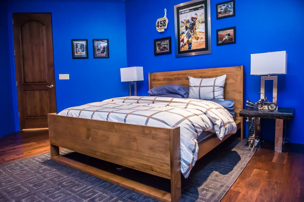 bold blue teen boys bedroom