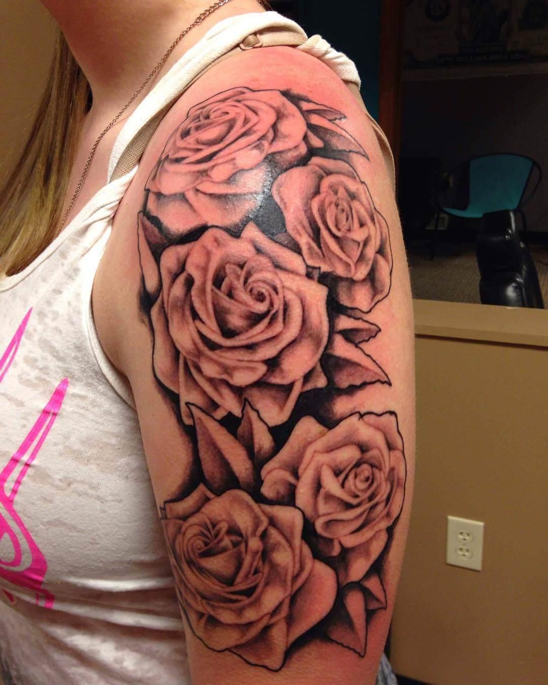 fantastic rose tattoo design for women