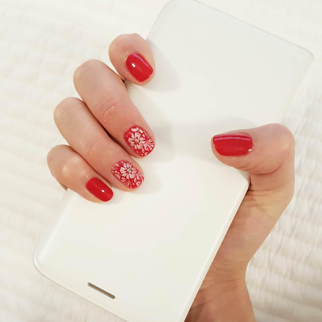 Flower Designed Nail