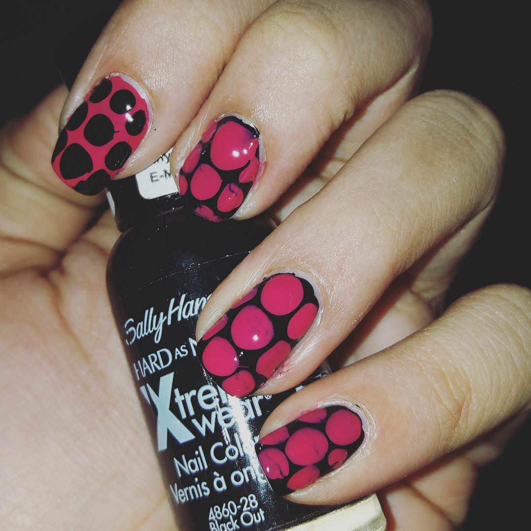 Black and Pink Polka Dots.