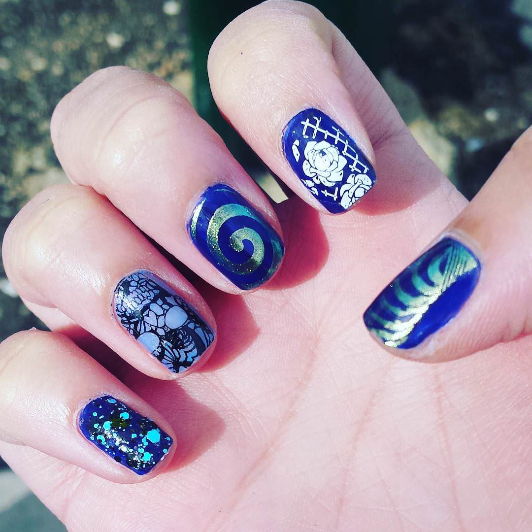 Nice-Blue Funky Nail Design