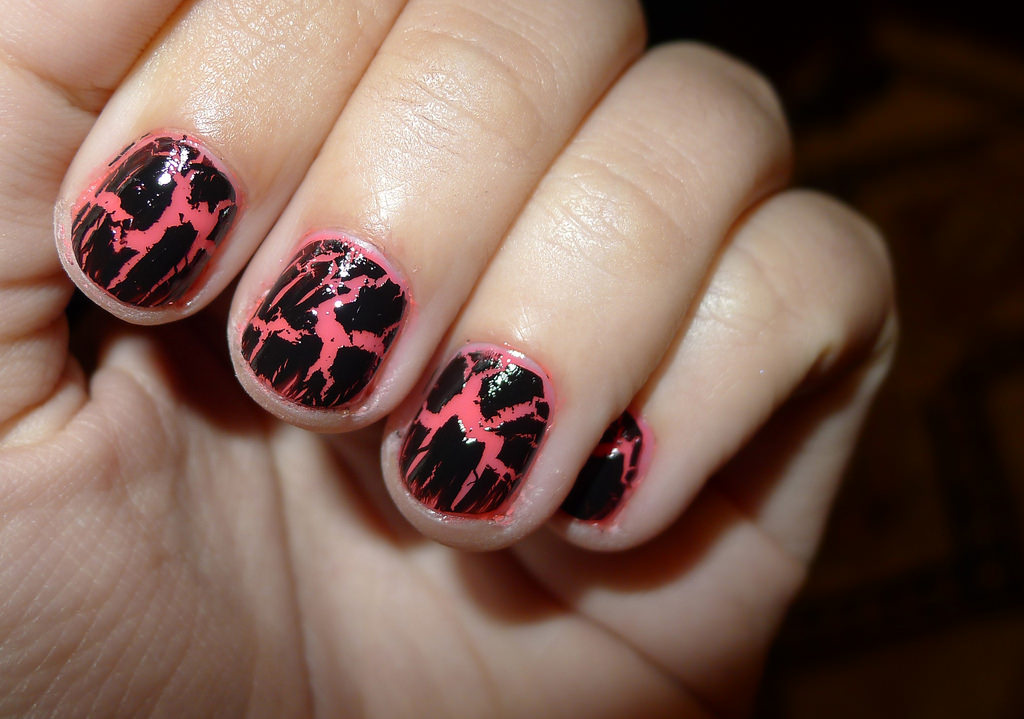 Vulcano Nail Design