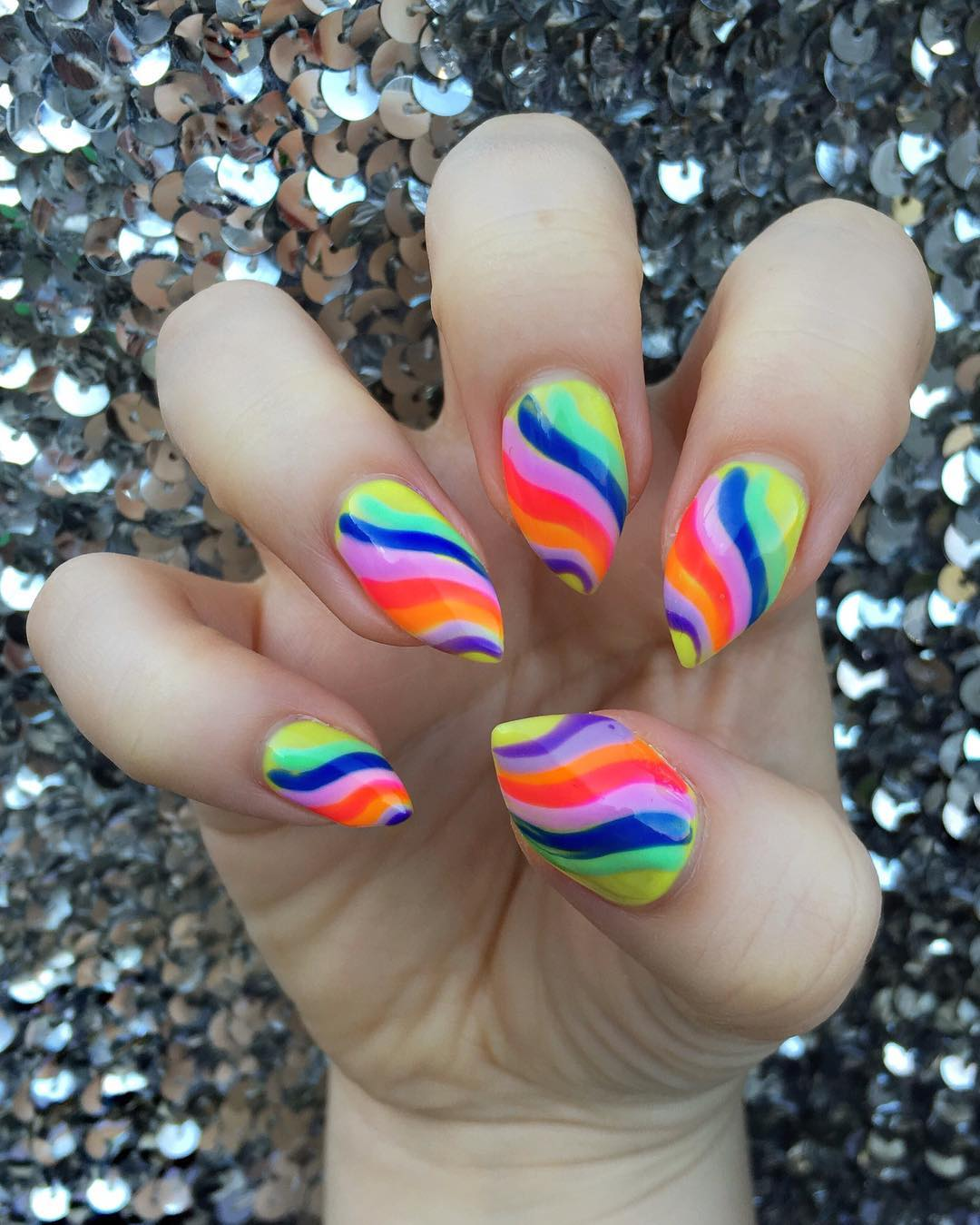 colored horn nails