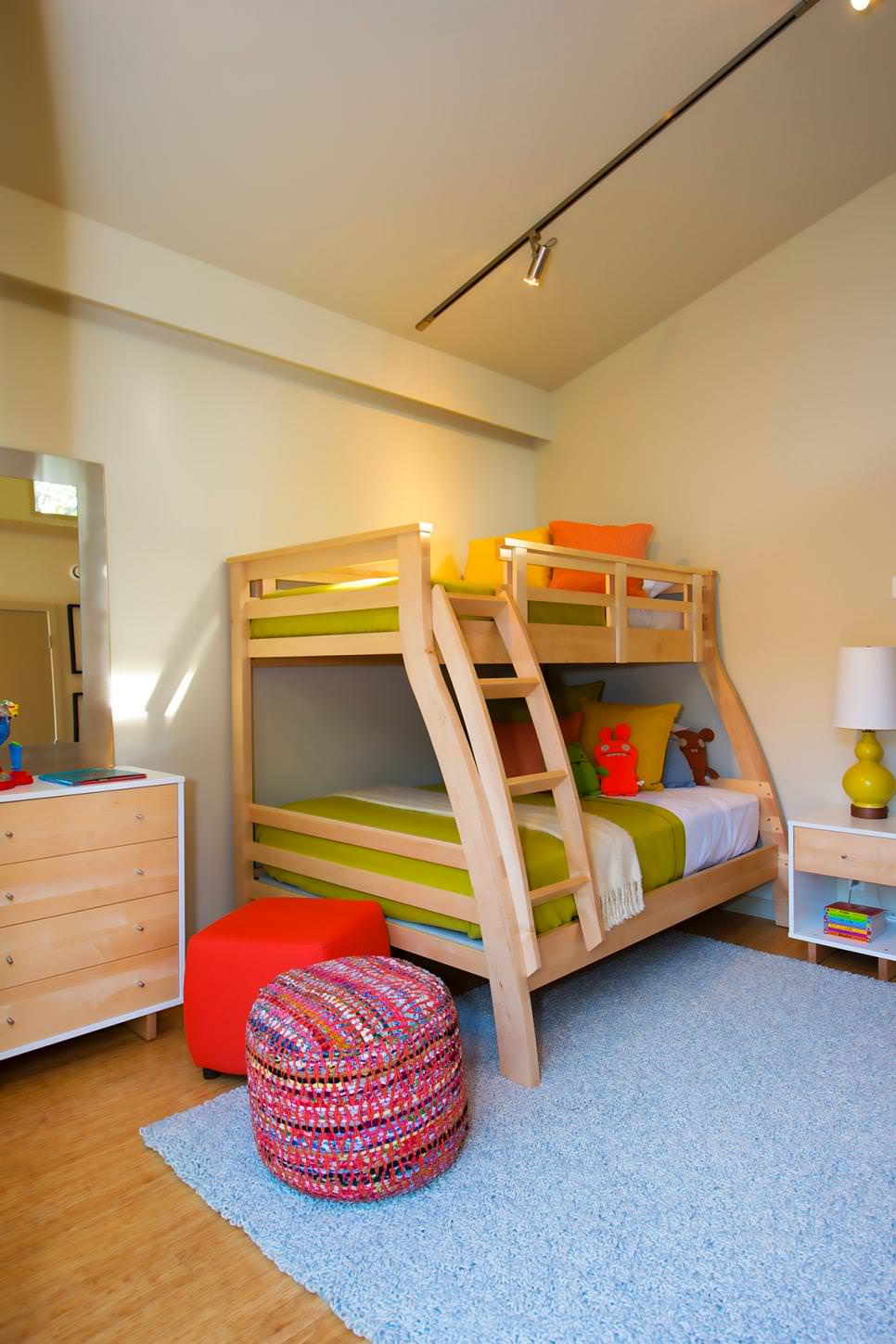 24 modern kids bedroom designs decorating ideas design for Modern kids bunk beds