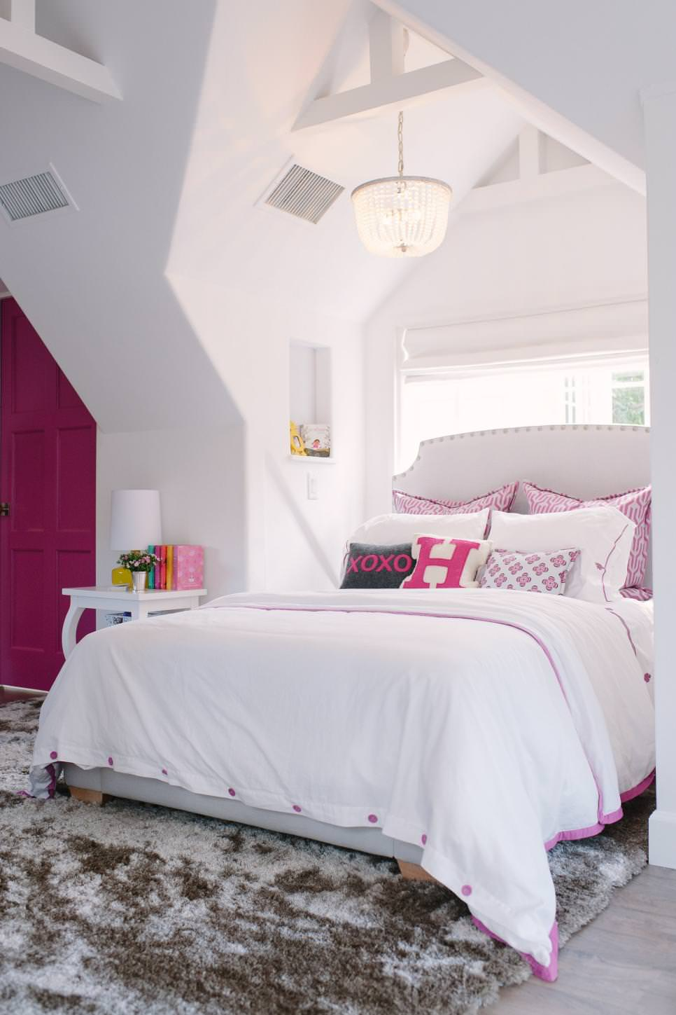 pink accent modern kids room
