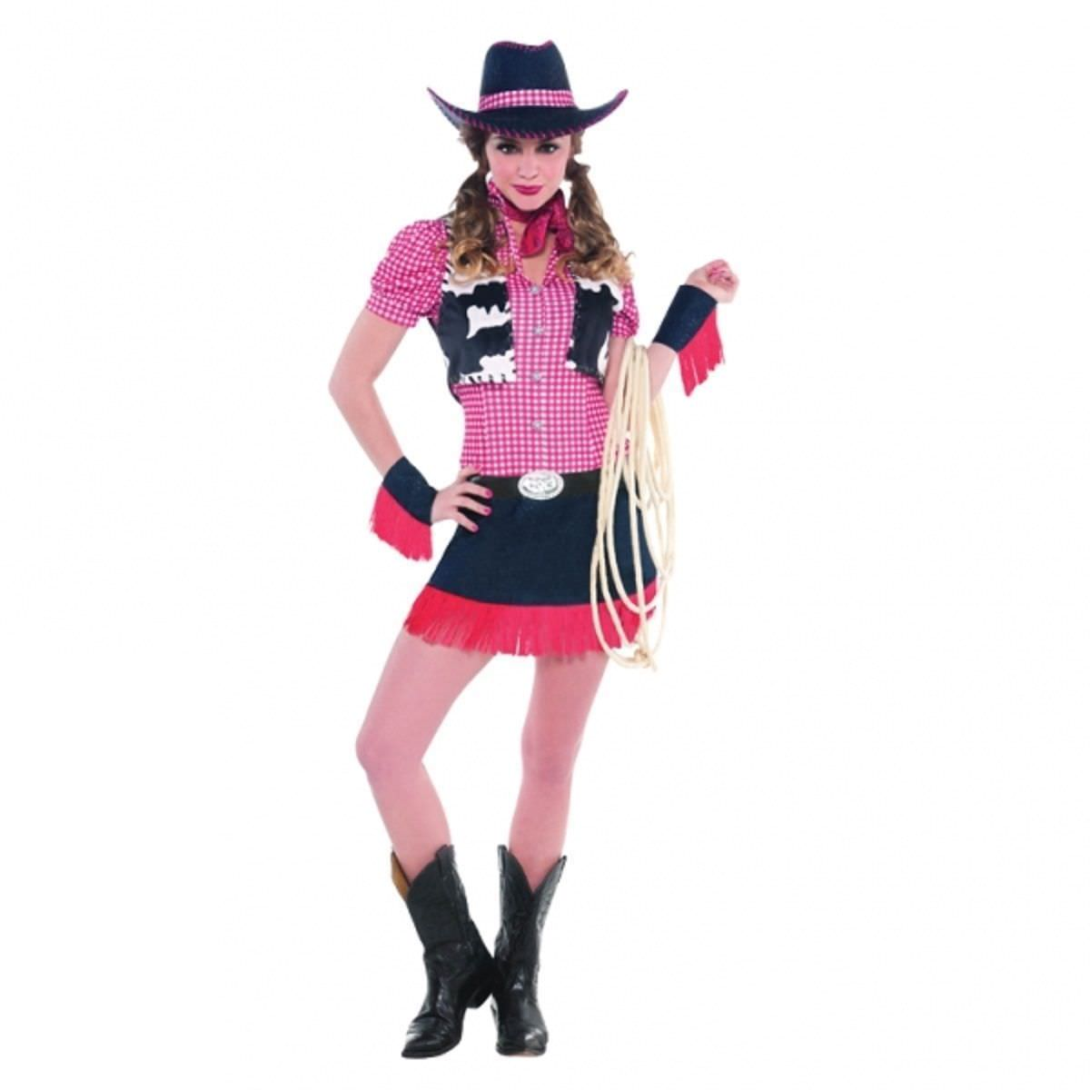 Attractive Cowgirl Outfit