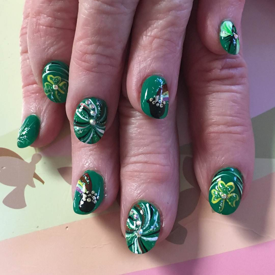 Short Green Fancy Nails - 29+ Fancy Nail Designs, Art, Ideas Design Trends - Premium PSD
