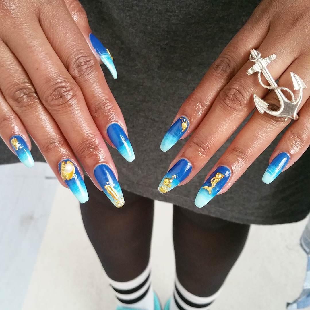 gradient nails design