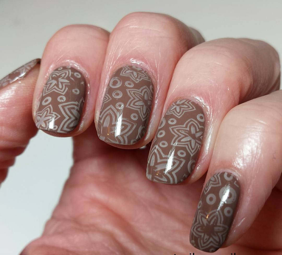 neutral polished nails
