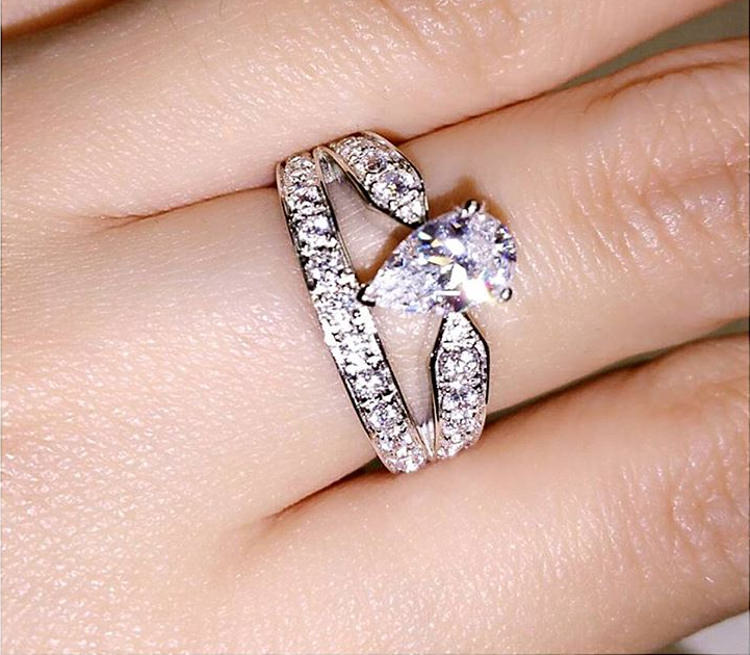 Two Lined Platinum Ring